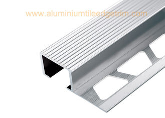 China Exterior Aluminium Stair Tread Nosing Anodized Matt Silver  For Ceramic / Wood Covering supplier