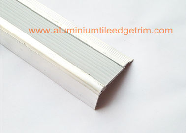 China Multi - Function Slip Resistant Stair Tread Nosings  Bullnose Edging Trim 40 X 20 X 2.7mm supplier