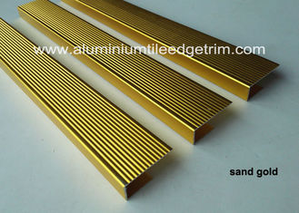 China C Type Extruded Aluminum Nosing , Metal Nosing For Concrete Stairs / Wood Stairs supplier