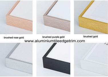 China Colored Metal Picture Frame Mouldings In Lengths For Canvas / Oil Painting supplier