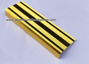 China L Shaped Straight Edge Aluminum Stair Nosing With Good Slip Resistance supplier