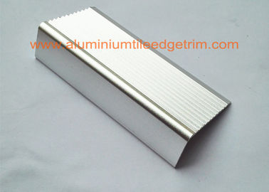 Non Slip External Aluminum Stair Nosings Anodized Surface 20 Mm X 40mm Size