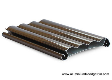 China Wood Grain Aluminium Rolling Shutter Door Profiles Electrophoresis Champagne factory